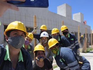 Malena Galmarini suma más manos femeninas para el tendido cloacal y de agua potable