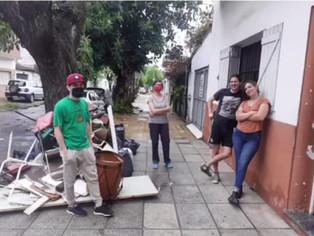 Un grupo de jóvenes se une para ayudar a Villa Martelli