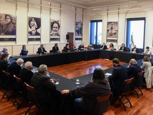 Argentina de pie: avanza la mesa de trabajo, producción y desarrollo nacional