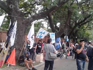 Trabajadores marchan a Plaza de Mayo