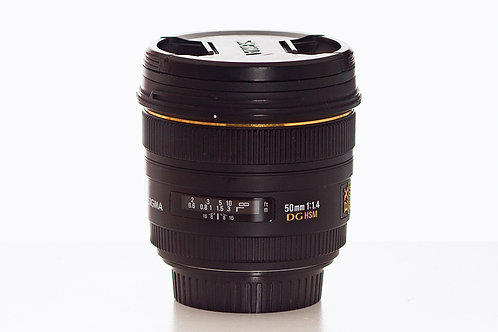 Lentille Sigma 50mm F1.4 / 300$