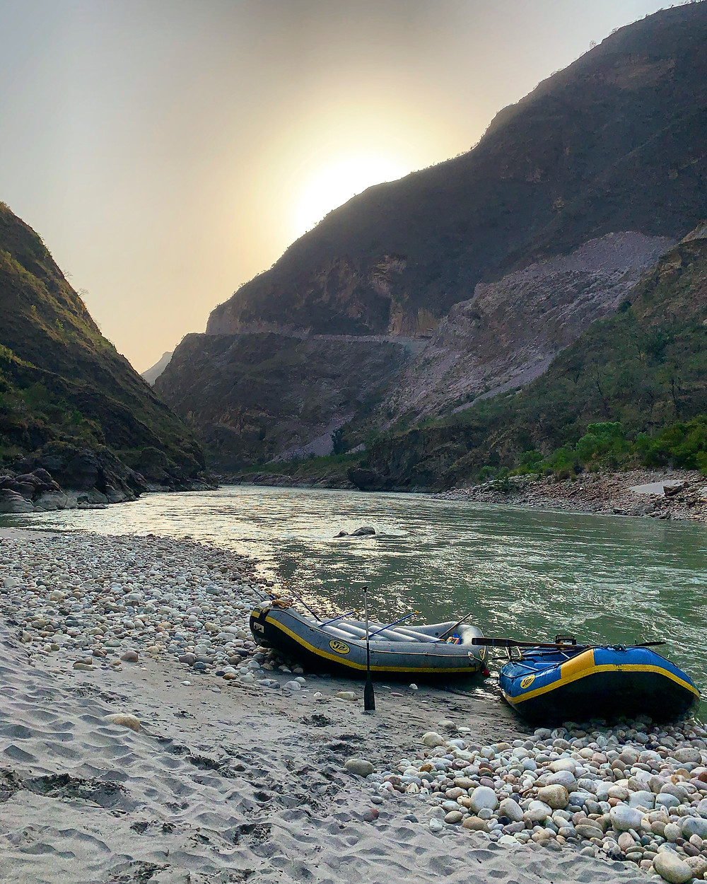 Rafting in Tattapani - Your complete guide