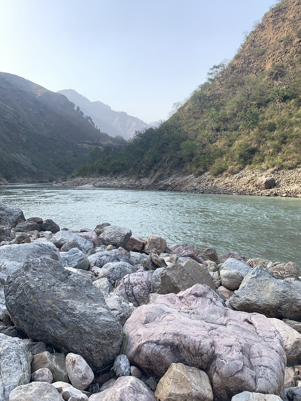 The icy cold Satluj at the starting point of rafting