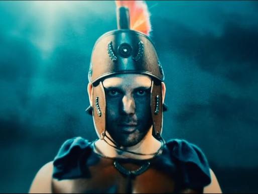 Avothea kleedt Ruud Vormer als Gladiator!