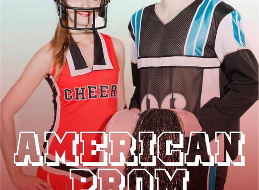 Avothea kleedt het Affiche van American Prom!