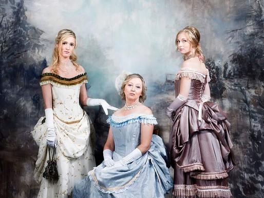 Avothea kleedt historische dames voor Studio Edelweiss!