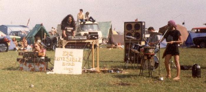 1984stonehenge02.jpg