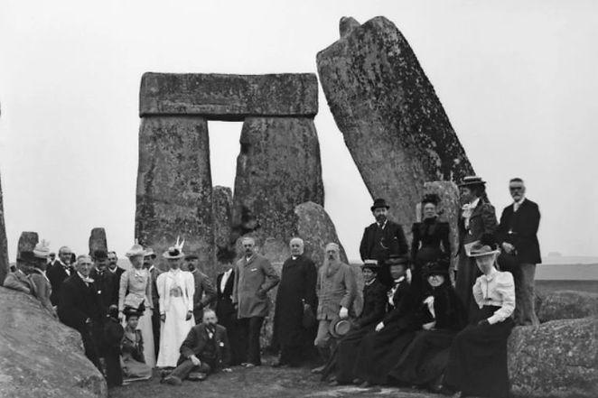 gatherings stonehenge 1.JPG