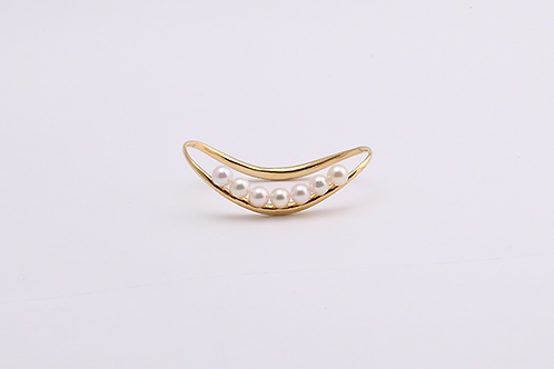 Two Fingers Ring with AKOYA