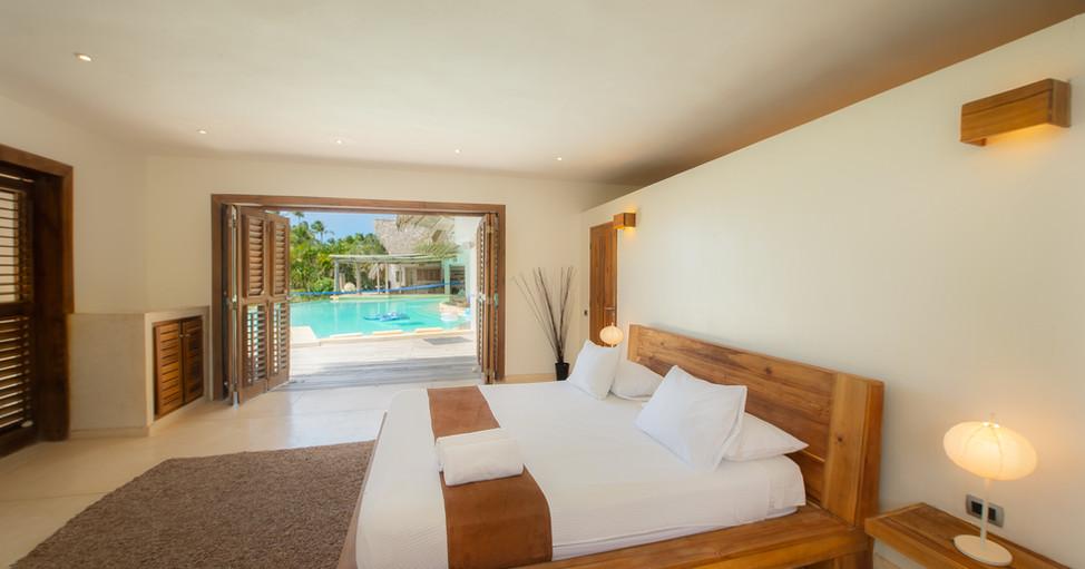 Villa Del Mar HD interior - Bedroom & Po