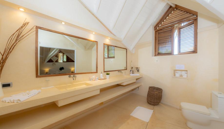 Villa Del Mar HD interior - bathroom dou
