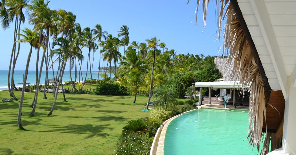Villa Del Mar rename - 1 pool trees beac