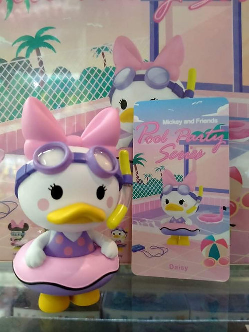 POPMART Mickey And Friends Pool Party - Daisy Duck