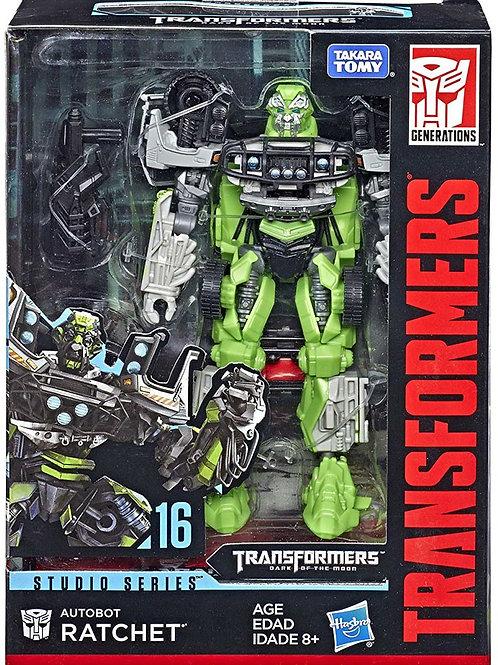 Takara Tomy Studio Series Transformers Dark Side of the Moon Deluxe Ratchet (16)