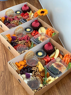 Grazing boxes for 6