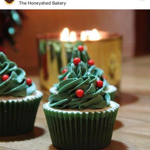 12x Christmas tree cupcakes