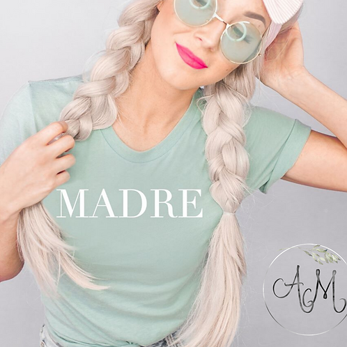 Madre Graphic T-Shirt