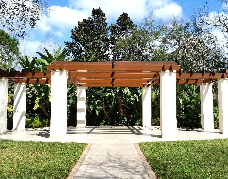 outdoor living construcction