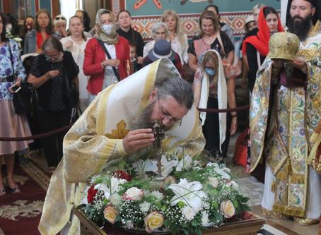 Патриаршеска литургия за Кръстовден