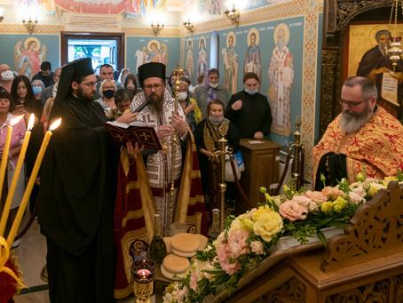"""В митрополитския храм """"Св. Марина"""" бе посрещнат празникът на великомъченицата с архиерейска вечерня"""