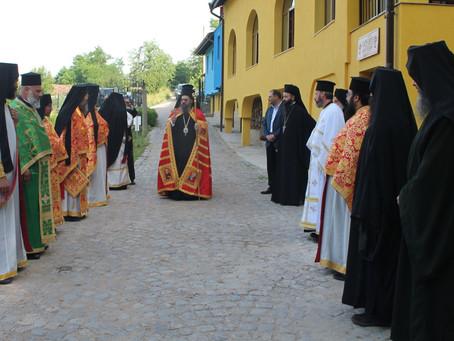 Празникът Рождение на св. Йоан Предтеча бе тържествено отбелязан в Жаблянския манастир