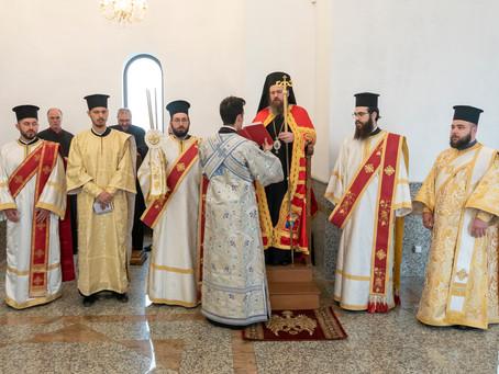 """На Лазарова събота бе отслужена архиерейска св. Литургия в гробищния храм """"Възкресение Лазарово"""""""