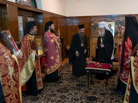 С тържествено литийно шествие бяха пренесени мощите на св. Климент, Римски и св. Потит Сердикийски