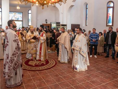 """Ръкоположение и офикия за обновлението на храм """"Св. Йоан Богослов"""""""