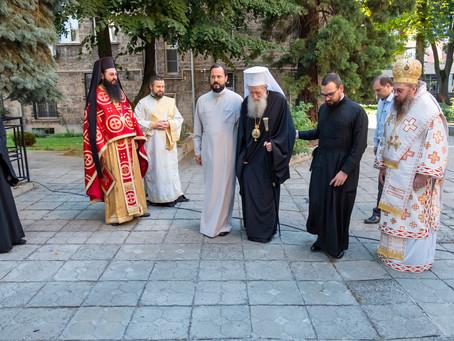 """Българският патриарх Неофит извърши обновление на митрополитския храм """"Св. Марина"""""""