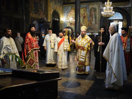 """Вторият ден на Пасха Христова в митрополитския храм """"Св. вмчца Неделя"""""""