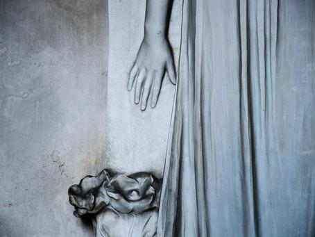 """""""Dellamorte Dellamore"""". Andar per cimiteri. La Certosa di Bologna"""