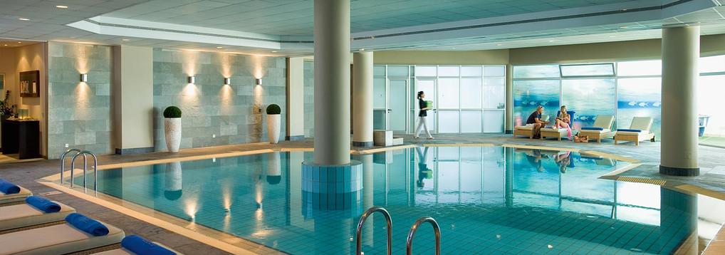 indoor_pool_1b.jpg