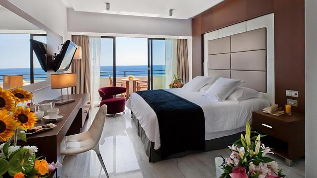 amathunta-suite-bedroom-1.jpg