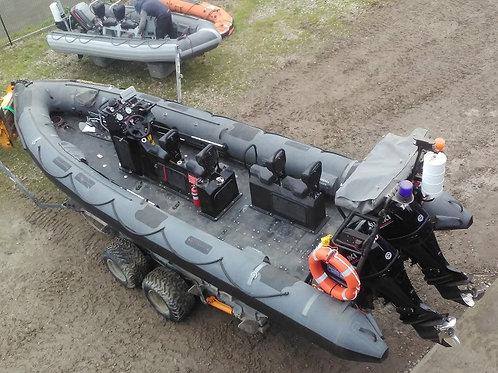 DeeStroyer - Arctic 24 - Twin Suzuki 140's