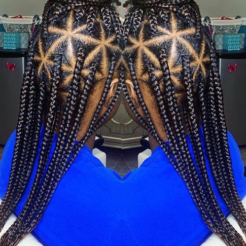 Medium Knotless Triangle Braids