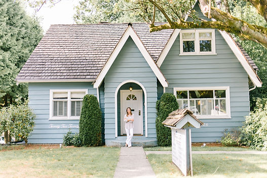 Juliana-house bright.jpg