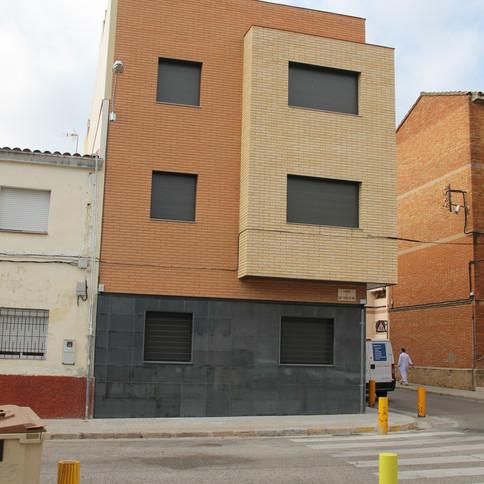 1-fachada2.JPG