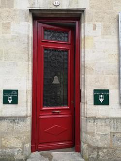 Restauration de la porte du Conseil des Vins de St Emilion