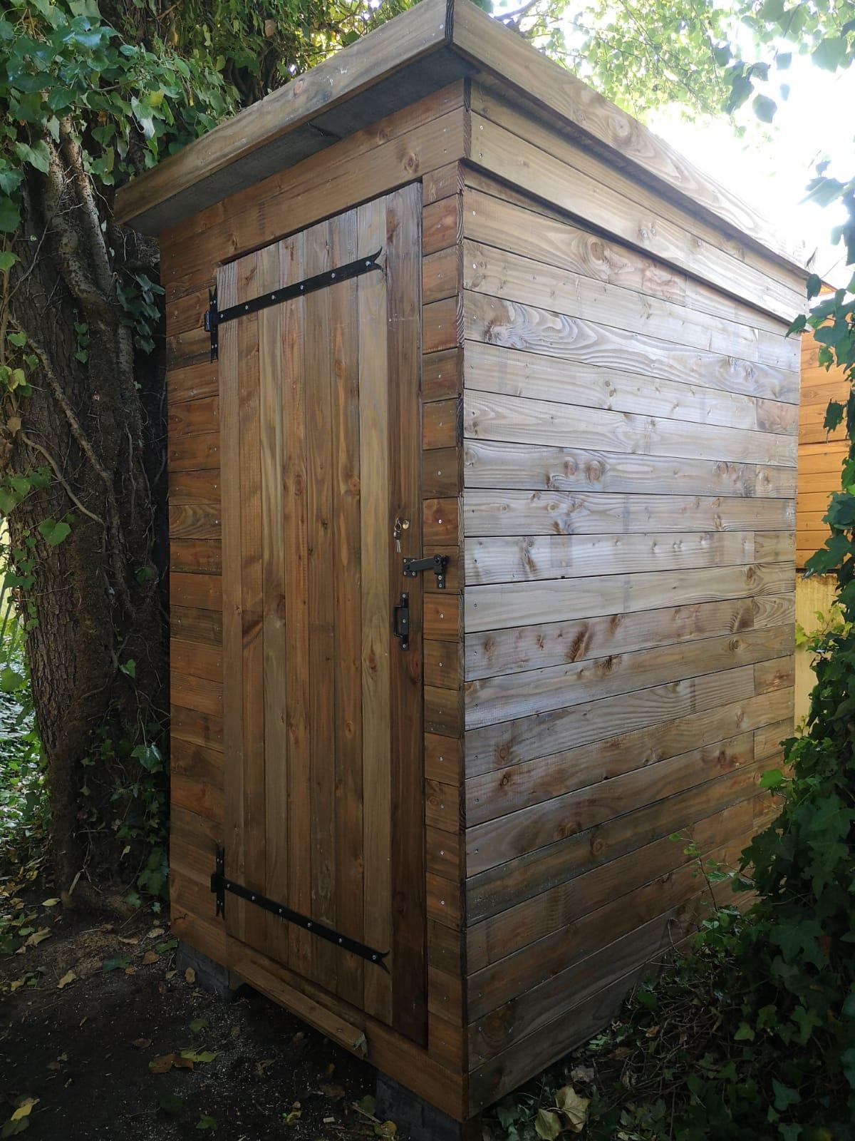 Conception et construction d'un abri de jardin sur mesure