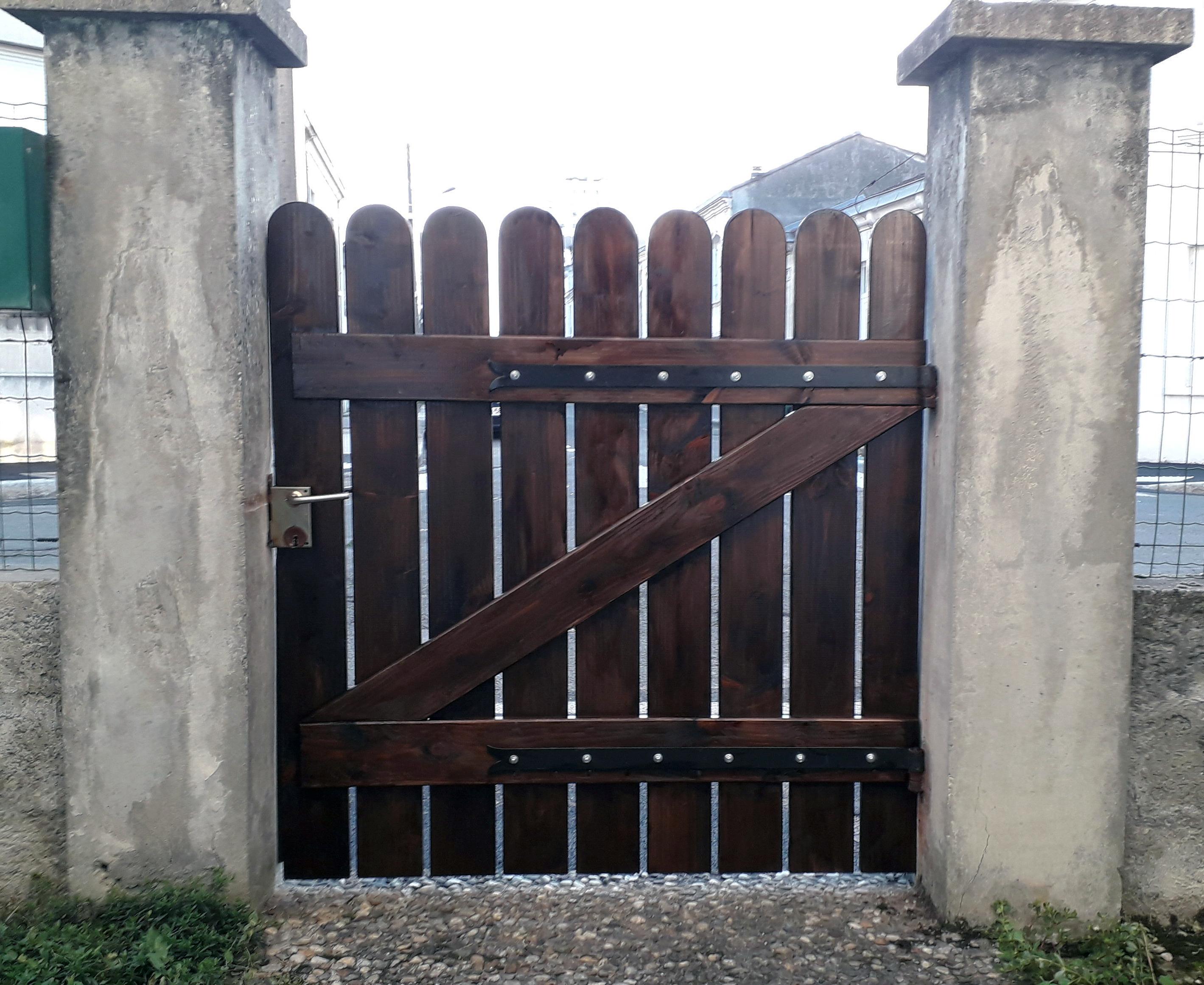 Fabrication et pose d'un portail