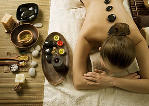 Spa Woman.Hot Stones Massage.jpg