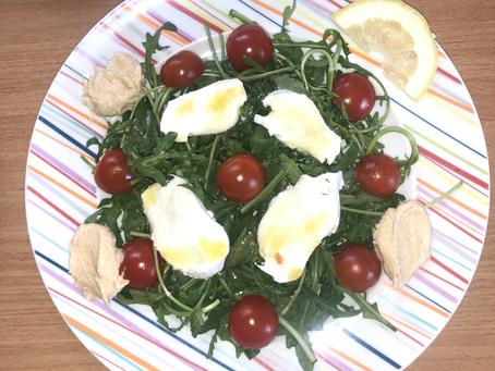 Hummus-Rucola-Salat