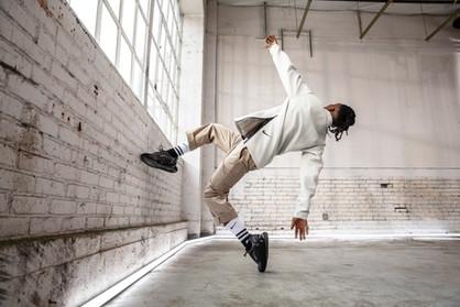 19206-01_Nike_NADBD_AM720_Mens_AO2924-70