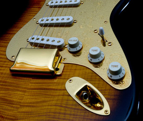 40th Anniversary Diamond Dealer Limited Edition Stratocaster