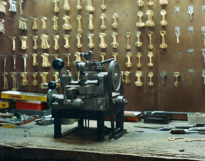Sin título #16   Untitled #16 [Mecanismos   Gadgets]
