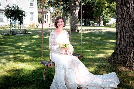 Bride_Swing_VillaOnVerona.jpg