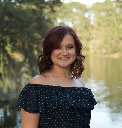Caroline senior pic 2.jpg