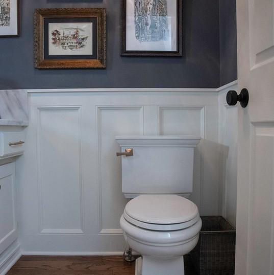 Powder-Room-toilet-interior-etzel.jpg