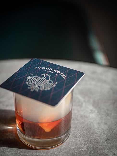 Cocktail-Cyrus-Hotel-Topeka-Etzel-3.jpg