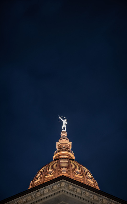 kansas-capitol-dome-night-topeka-etzel.j